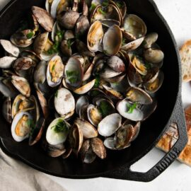clams wicked garlic